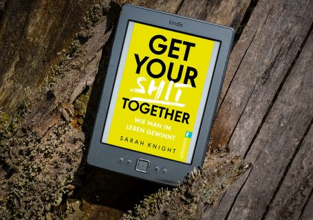 Get you shit together - Sarah Knight