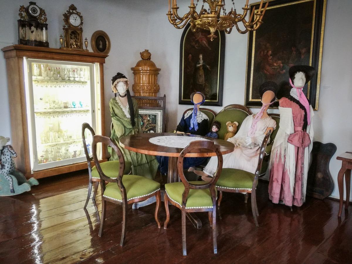 Biedermeier Raum im Heimatmuseum Langenlois