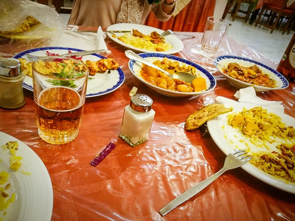 Abendessen im Hotel Akhavan in Kerman - Iran