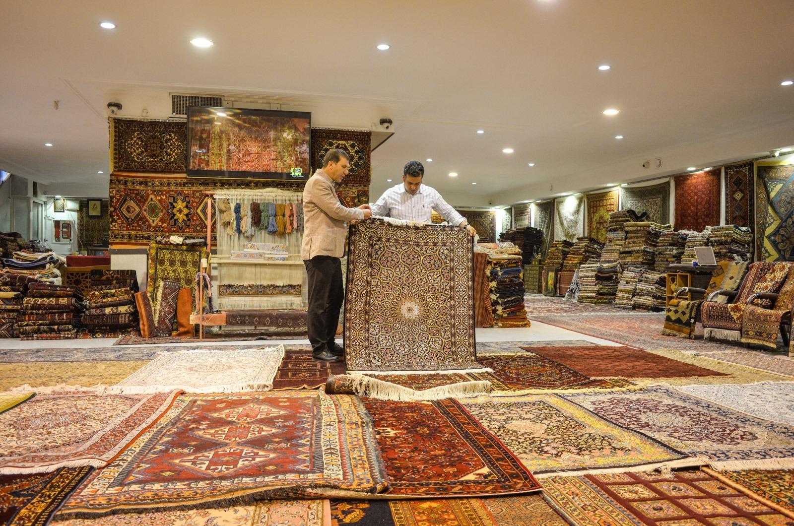 Teppichhändler Show von Sara Carpet
