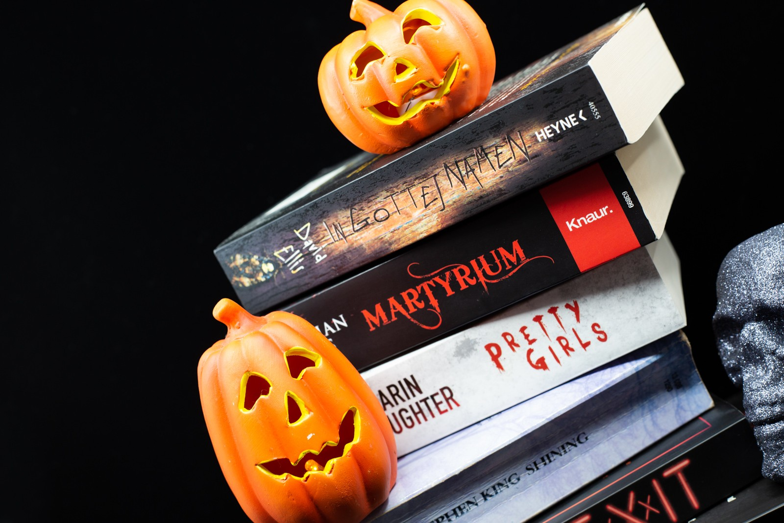 Halloween Kürbis und Buchtipps -Karin Slaughter, Jonathan Hayes, David Ellis