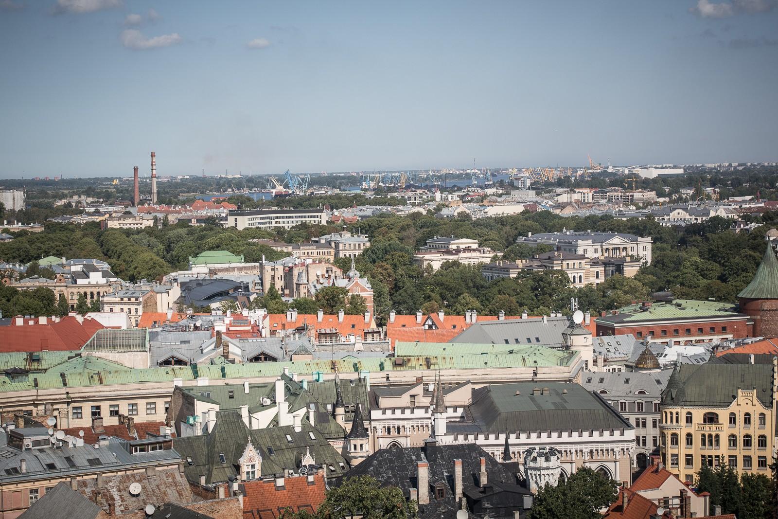Blick von der Petrikirche über Riga
