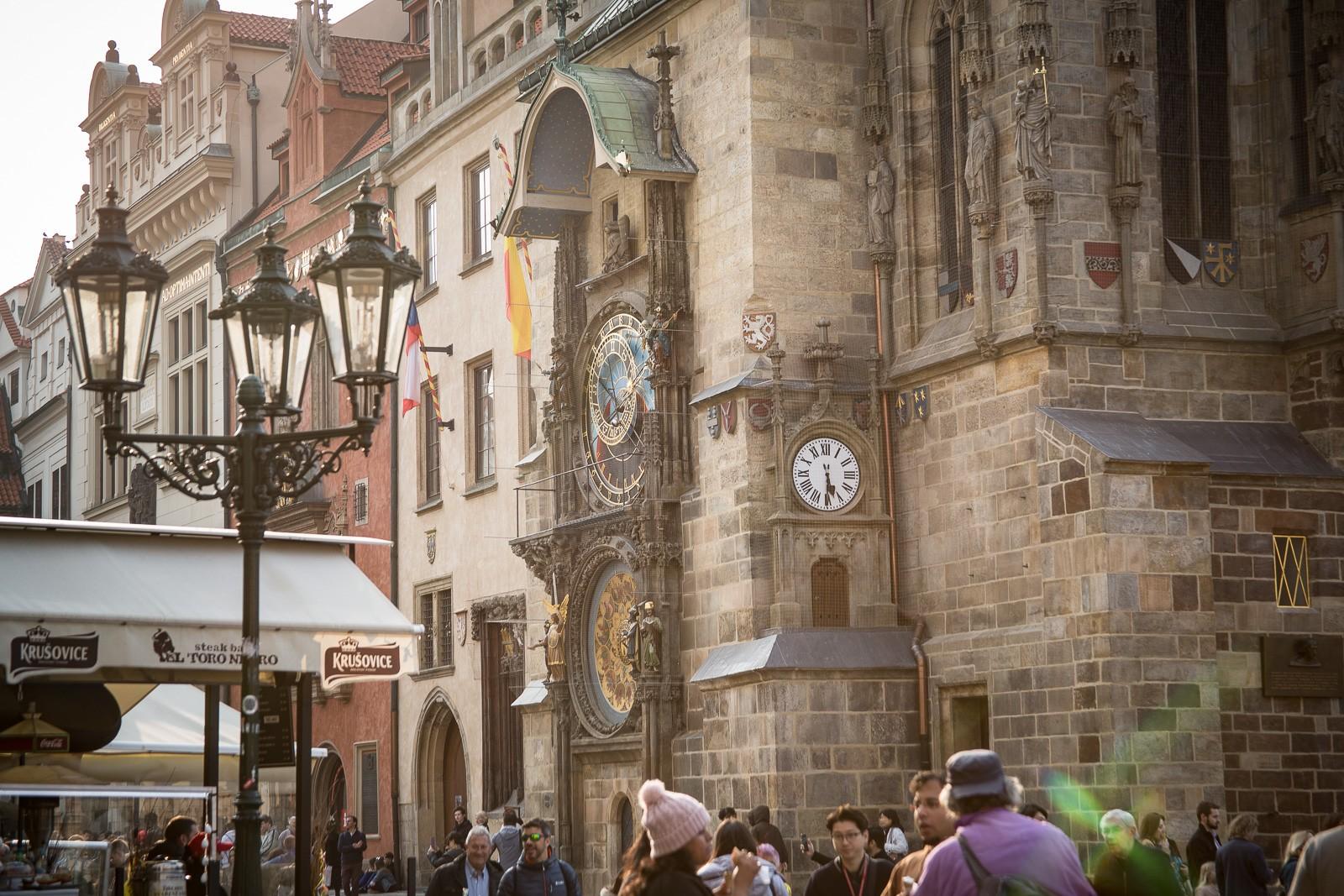 Prager Rathaus und astronmoische Uhr