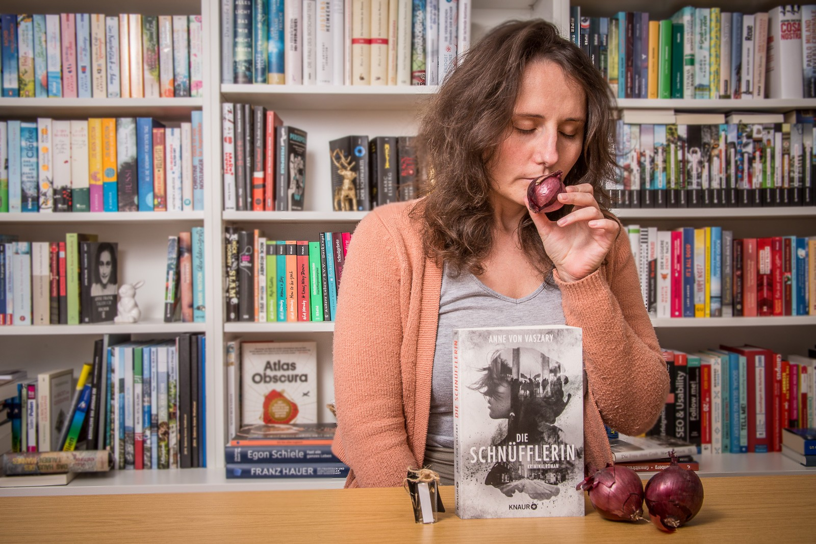 Die Schnüfflerin - Anne von Vaszary